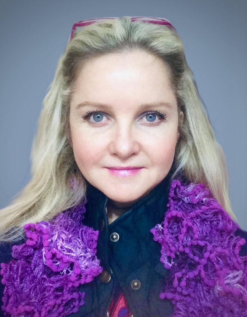 Justine Bartleywood 3